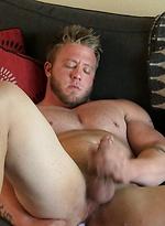 Beefy boy Merrill wanking off his dick
